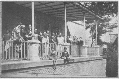 Les anciens centraliens du Groupe «Drôme-Ardèche» au Grand Hôtel - 1925- Cliché BORNET -