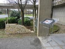 Mur en pierres sèches construit pour la journée d'étude